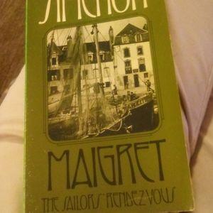 4 Georges Simenon books